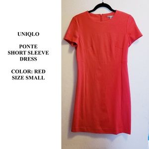 UNIQLO pointe red short sleeve dress